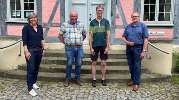 Wiebke Wall, Rainer Sauer, Jens Köroska und Samtgemeindebürgermeister Rainer Ahrens